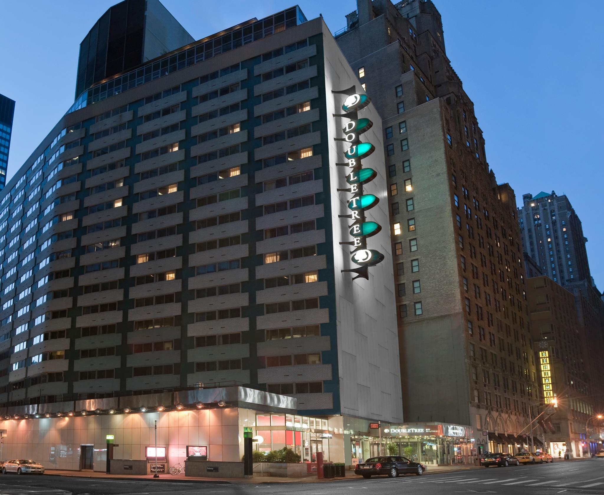 The Kimpton Muse Hotel, New York - Compare Deals five star hotels nyc